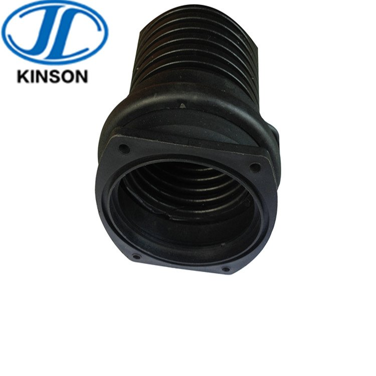 Flange joint for plastic flexible pipe